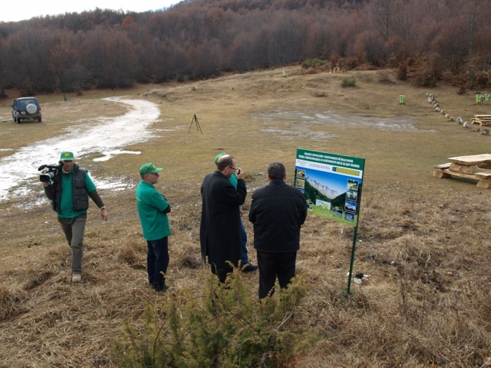 Renovation of the Picnic sites-Ambasador of the Swizerland Lazarotto